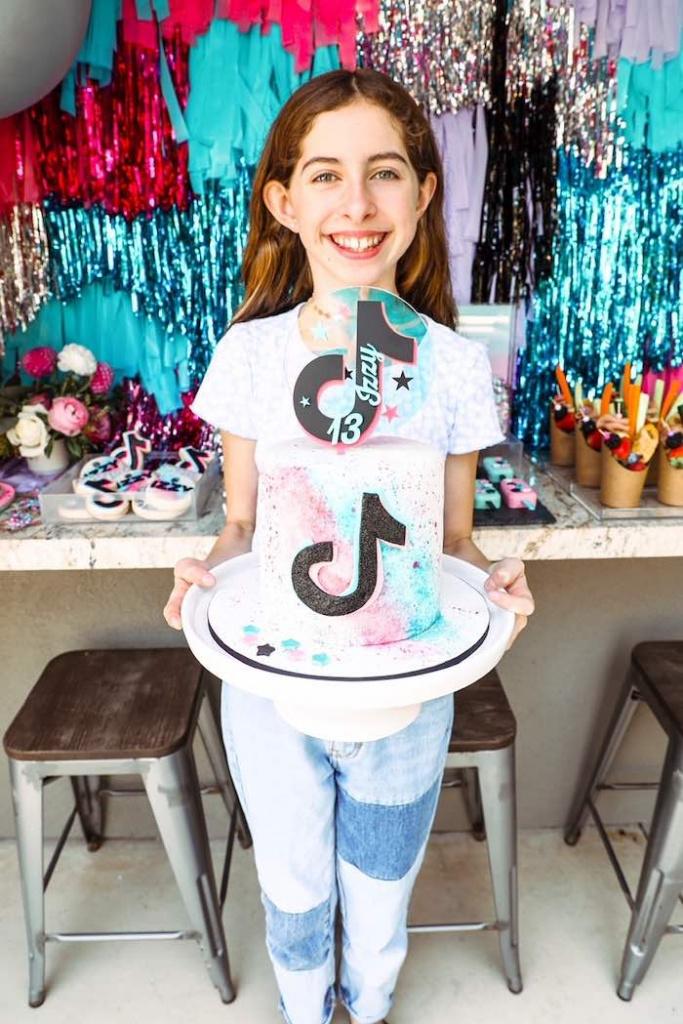 Детский день рождения девочки: популярные и актуальные тематики для вечеринки - фото 2 | 4Party