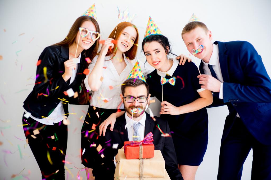 Как сплотить коллектив после периода отпусков? Мероприятия по сплочению коллектива: психологические игры, тренинги, упражнения - фото 4   4Party