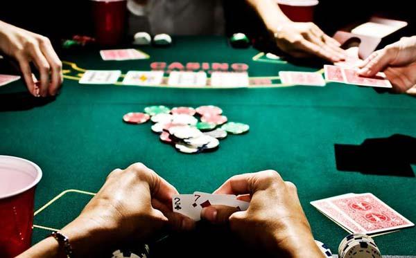 Азартные игры: подарки ко дню Защитника   Украины