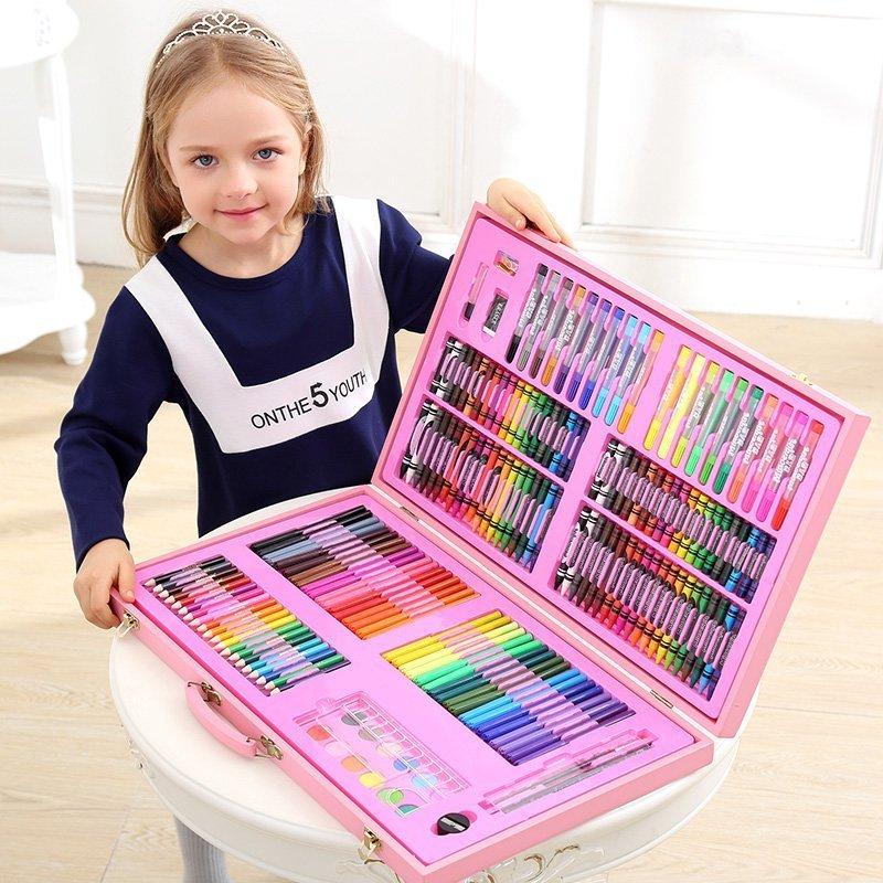 Топ-15 идей, что подарить дочке на 8 марта - фото 2 | 4Party