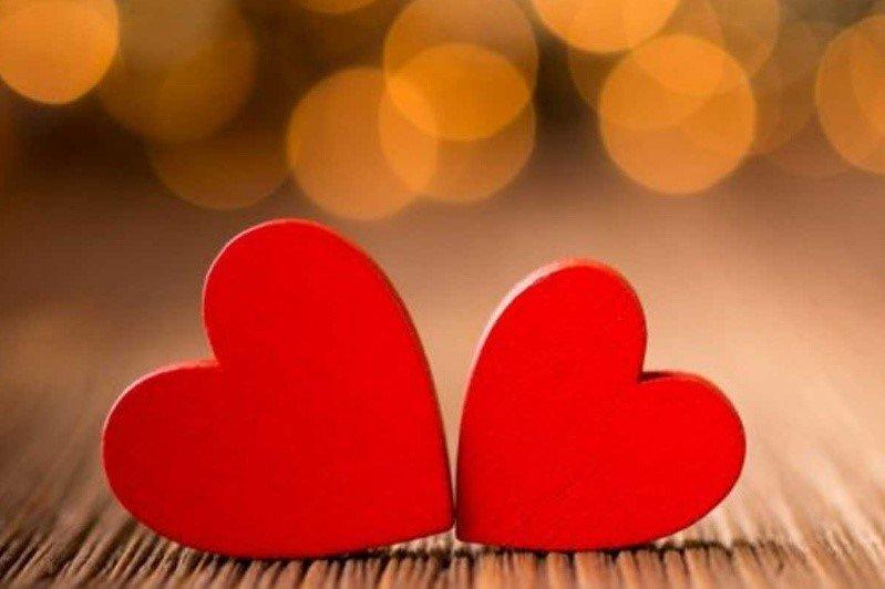 Что надеть в День Влюбленных? Идеи образов ко Дню Святого Валентина - фото 1 | 4Party