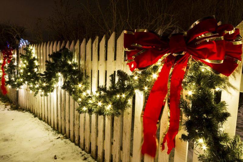 9 идей, как украсить дом к Новому году своими руками - фото 7 | 4Party