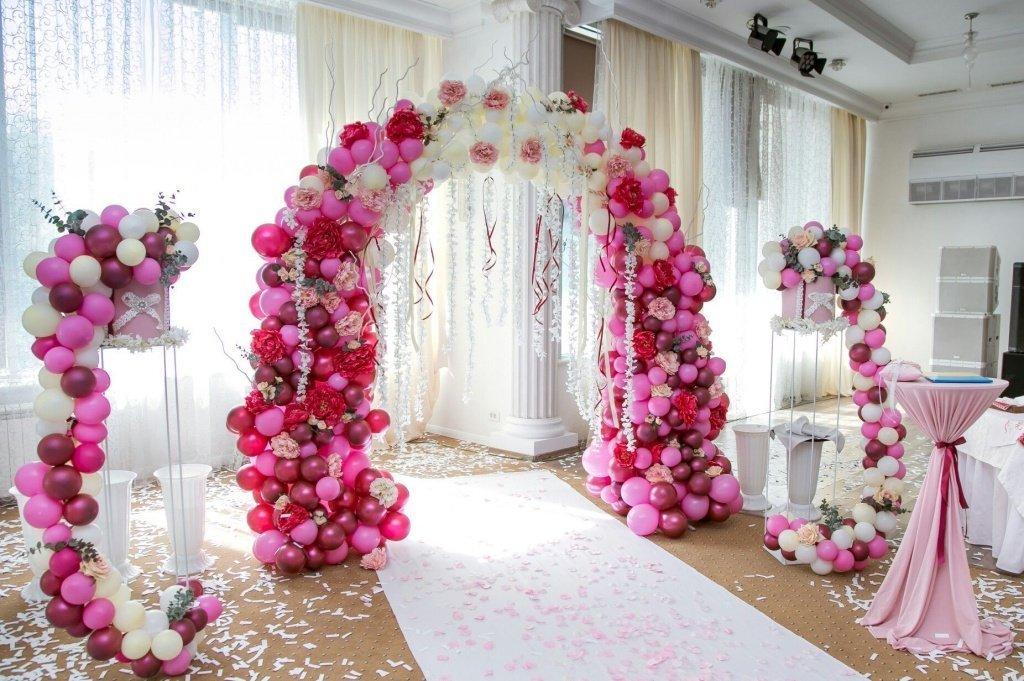 Воздушные шары на свадьбе: идеи оформления праздника - фото 4 | 4Party
