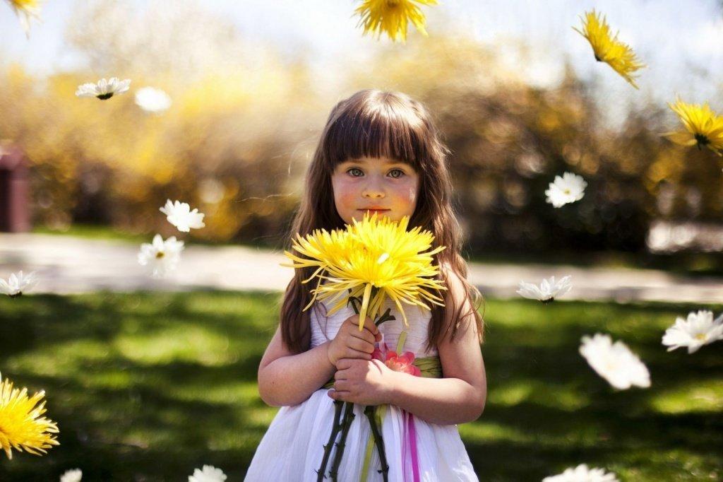 Топ-15 идей, что подарить дочке на 8 марта - фото 1 | 4Party