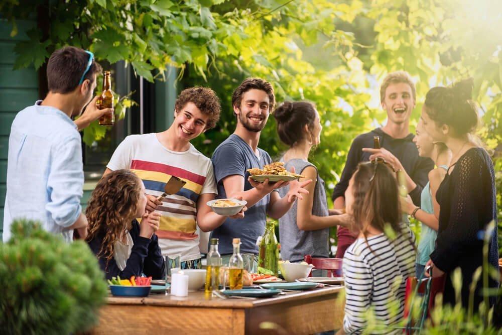 Вечеринка на даче: идеи тематических дачных вечеринок - фото 1 | 4Party
