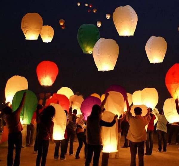 Небесные фонарики на 14 февраля