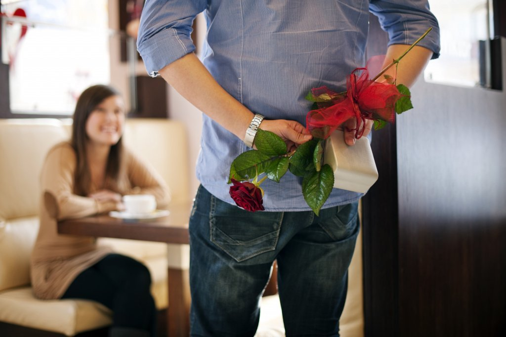 Цветы - без слов о самом сокровенном: какие цветы дарят на 8 марта - фото 1 | 4Party