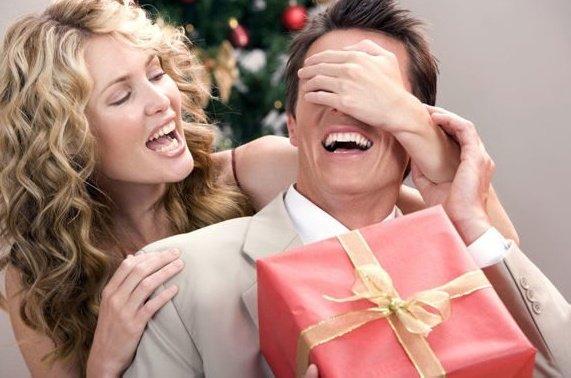Что подарить человеку, у которого есть все: ТОП 11 идей - фото 1 | 4Party