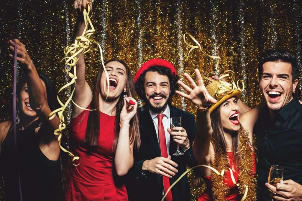 ТОП 10 оригинальных идей для новогодних вечеринок - фото 1 | 4Party